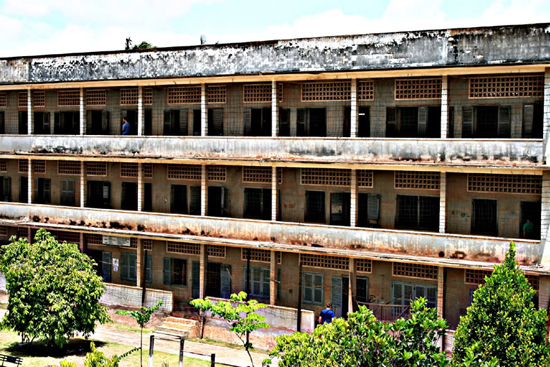 tuol-sleng-genocide-museum