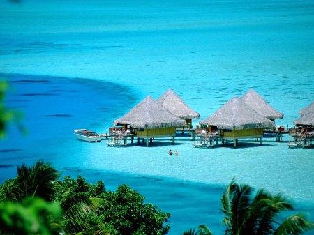 Hiburan Raja Ampat Resort Indonesia Di malam Hari
